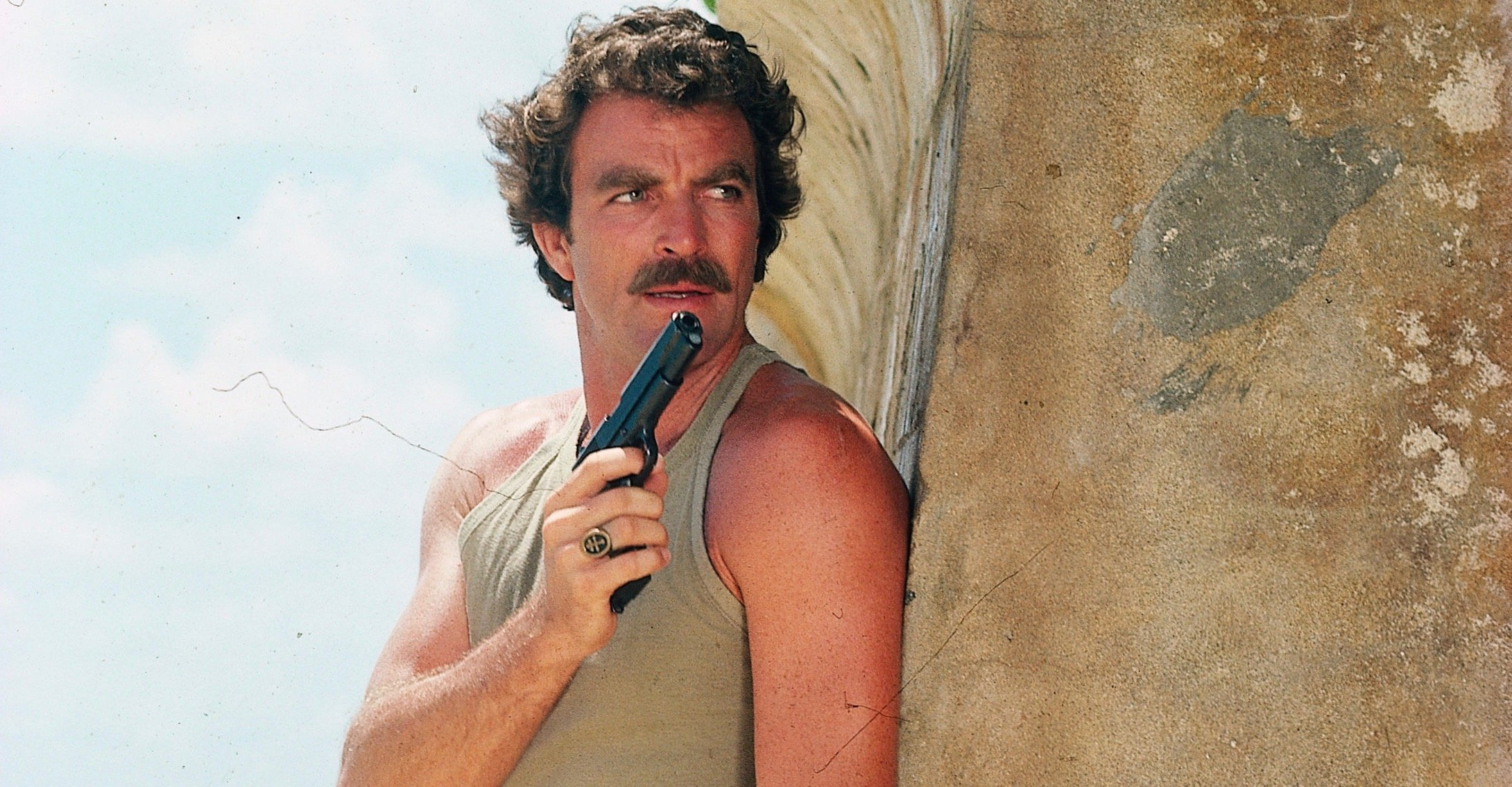 Actor Tom Selleck Suddenly Quits National Rifle Association Board